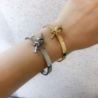 Hot 316 из нержавеющей стали из нержавеющей стали роскошный дизайнер ювелирные изделия женские браслеты 18k любовь браслет с сумками свадебные золотые цепи для мужчин