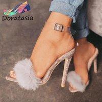 Doratasia sexy alto tacones delgados zapatos sexy fiesta fecha de verano sandalias de verano 2020 de moda sandalias de decoración de piel sintética de moda1