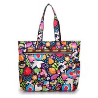 الزهور التسوق ماء النايلون سعة كبيرة حقيبة يد خفيفة الريفية نمط الترفيه أو حقيبة السفر للنساء الأزياء
