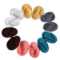 Sandálias nascidas cor sólida cor bonito mini crochet flip-flops infantis chinelos artistic po adereças decoração suprimentos1