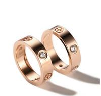 التيتانيوم الصلب عشاق الزفاف الدائري للنساء تشيكوسلوفاكيا زركونيا روز الذهب الخطبة خواتم الرجال مجوهرات هدايا PS8401