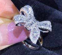 أزياء جميلة القوس خواتم تصميم لخاتم الزواج يلمع كريستال فاخر مع تشيكوسلوفاكيا الماس حجر للمرأة هدية