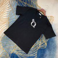 مان مصمم الربيع الصيف التطريز دبوس رسائل المحملة تي شيرت الأزياء هوديس الرجال النساء عارضة القمصان القمصان الأسود