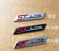 10個メタルクロームマットブラックストラインセントラインカーエンブレムバッジオートデカール3Dステッカーエンブレムフォーカスセントモンデオ