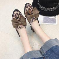 Xek 2020 appartements chaussures décontractées femmes bowknot mocassins sexy léopard oxford glissement sur mocassins en cuir de daim femelle chaussures YYJ1241
