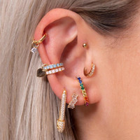 마이크로 포장 맑은 큐빅 지르코니아 고품질 패션 쥬얼리 안전 핀 스터드 유럽 여성 유행 화려한 귀걸이 도매