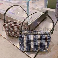 TOP Quality Bag Luxurys Aw Women Diamante Handbags Lady Crystal Shoulder Bags Glitter Baguette Axillary Beads Designer Diamonds Met Uvxlf