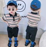 2021 여름 아기 키즈 스트라이프 캐주얼 복장 소년 코튼 짧은 소매 폴로 셔츠 + 절반 바지 2pcs 어린이 디자이너 의류 A5653