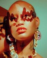 Güneş Gözlüğü Moda Squiggle Kadın Erkek Çerçevesiz Akrilik Çerçeve Düzensiz Dalga Güneş Gözlükleri Trendy Festivali Bak gözlük FML