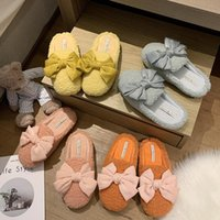 Female Shoes inverno Mulher Chinelo Chinelo de Mulheres Flock Tampa Toe Baixa Butterfly-nó de luxo Slides Fur Flip Flops Massage