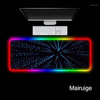 منصات الفأرة المعصم يعتمد mairuige الأزرق خط الأنوار الملونة الألعاب rgb كبير أنيمي وسادة حصيرة الكمبيوتر ماوس الفأر الصمام الخلفية لوحة المفاتيح مكتب حصيرة
