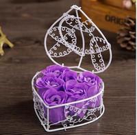 Rose Sapone Flower Petalo con cestino di ferro Valentine a forma di cuore Rose Flower Regalo Confezione da sposa Birthday Birthday Gey Regalo GGE3892