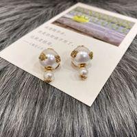 ブランドデザイナーの両面真珠のイヤリングの無料配達