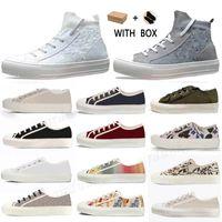 2021 Vendi Bene Altissima Qualità Donne Scarpe Espadrilles Sneakers Stampa Passeggiata Sneaker Sneaker Ricamo Canvas Piattaforma Scarpe Girls Flat Low # 568