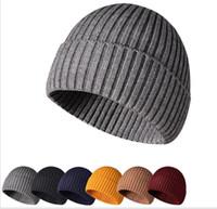 2020 Più nuovi bicchieri da uomo autunno inverno inverno tricottato tappi teschi all'aperto sport cappelli caldi donne berretti Bonnet