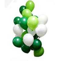 30 unids 10 pulgadas Mix Latex Globos Dark Green y White Globos para Dinosaur Party Niños Decoraciones de fiesta de cumpleaños Navidad Deco Y0107