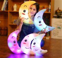 Presentes Presentes de aniversário colorido Luminous boneca Luminous Pillow pelúcia Crianças brinquedos para crianças Presentes de Natal criativo das estrelas da lua LED