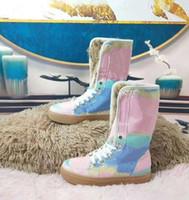 مع مربع! جديد أحذية الثلوج المدربين الأزياء الرياضية الأحذية عالية الجودة الأحذية الجلدية الصنادل النعال الهواء خمر للمرأة بواسطة shoe008 374