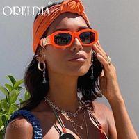 Мода Персонализированные Металлические Декоративные Дизайнер Солнцезащитные Очки Мужчины Солнцезащитные очки Нерегулярные Маленькие Рамки Женщины Солнцезащитные Очки UV400 Роскошные Солнцезащитные очки