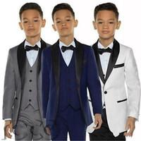 Boys Tuxedos обед костюмы трех частей маленький мальчик костюм черный шаль отворачистка формальные костюмы смокинг дети детский формальный износ (куртки + жилеты + брюки)