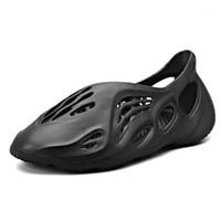 Unisex Plaj Sandalet Kadınlar / Erkekler Büyük Boy 35-46 Snug Sneakers Bayanlar Dış Sıralar Delik Ayakkabı Kadın Terlik Flip Floplar1