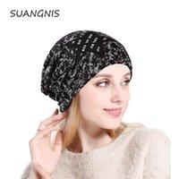 L'autunno e l'inverno 2020 della moda di New Cappello donna Beanie Knit rigonfio Cotone caldo fiore manica a testa cilindrica per la ragazza Vendita calda