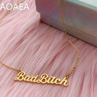 Anhänger Halsketten Bad Bitch Typenschild Halskette - feministisches Sterling oder Gold Vermeil Wildflower + Co. Valentinstag Geschenk