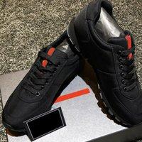 Herren Black Match Race Triple Back Runner Sneakers Trainer Niedrige Top Luxurys Designer Sneaker Triple Back Casual Schuhe Klassischer Stil mit Box