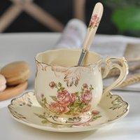 Sıcak Satış Yaratıcı Seramik Kahve Fincanı Ve Tabağı El Boyalı Gül Porselen Çay Bardağı Ve Kaşık Klasik İçecek Hediye LJ200821