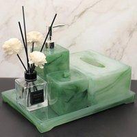 Accesorios de baño verde Conjunto Caja de tejido inodoro Botella de desinfectante de la mano Dispensador de jabón Dispensador de jabón Bandeja de almacenamiento de decoración TO1