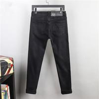 Mens Jeans Luxurys Designer Designer Design Pants Slim-Leg Fit uomo Moto Denim Hip-Hop Punk per la massima qualità Dimensioni 29-42