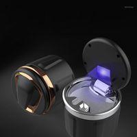 Cendrays de voiture Portable Cendrier Spécial avec lampe LED Creative Creative Ceramic Doublure Pièces auto sans fumée1