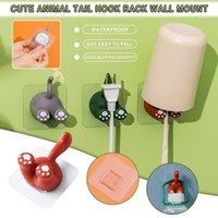 Hooks Rails 1/3 / 5pc Söt djurs svans tandborstehållare tecknad självhäftande icke-märkande krok multifunktionell kreativ rack utan stans