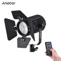 Andoer LS-60D 일광 5600K 컬러 온도 Dimmable LED 비디오 조명 60W 출력 CRI 95+ 헛간 도어 원격 컨트롤러 1