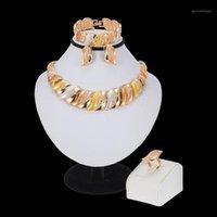 الأقراط قلادة موكون دبي الذهب لون مجوهرات مجموعات للنساء سوار خواتم حزب الزفاف الزفاف الملحقات 1
