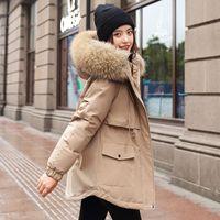Moderne warme Baumwolle Liner mit Kapuze Parkas Mantel Winterjacke Frauen Verstellbare Taille Pelzkragenjacke Parka 2020 Neue