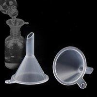 شفافة من البلاستيك البسيطة الحفرة الصغيرة عطر السائل الضروري ملء النفط القمع المطبخ بار تناول الطعام أداة LX3497