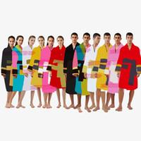 Diseñador de la marca bathrobes de baño invierno cálido seis colores unisex algodón ropa de dormir noche bata de alta calidad Classcial de lujo de bata Klw1739