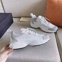 2021 SheGoes 스니커즈 디자이너 남성은 여성 화이트 스웨이드 가죽 트레이너 메쉬 기술 직물 레이스 업 고무 유일한 러너 신발 257 신발