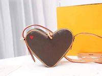 2021 Sıcak Satış Yeni Moda Aşk Kalp Crossbody Messenger Çanta Kaliteli Tote Debriyaj Çanta Çantalar