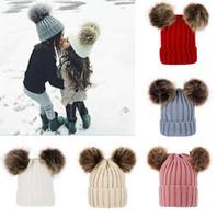 Niños bebé Punto Sombreros de punto de invierno Hecho de ganchillo sólido Sombrero Cálido Pom Pom Pom Gories Double Hats Hallball Hats al aire libre Slouchy Caps DB206