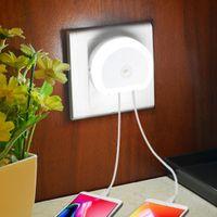 LED Dual USB Port Sacteur de mouvement Nuit de nuit avec chargeur mural Dusk à la lumière du mur de capteur Dawn