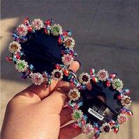 2020 كلاسيك ريترو جولة النظارات الشمسية النساء مصمم العلامة التجارية الفاخرة كريستال السيدات نظارات شمس الصيف شاطئ زهرة