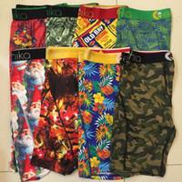 Бесплатная доставка Случайные стили New Man Boxer шорты Трусы Soft Удобный Мода Упругие быстрый сухой Boxer Нижнее белье для мужчин