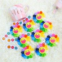 Japão Sun Flor Brooch Pequeno Pingente Pingente Pin Brinquedos Tendência Acessórios De Moda Boneca Redondo Estudante Sorriso Alta Qualidade 2 4MXA M2