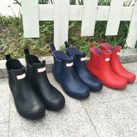 Sıcak Satış-Yağmur Botları Kadın Ayak Bileği Rainboots MS Parlak Yağmur Botları Diz Çizmeler Kırmızı / Siyah / Mavi