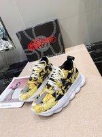 Louis Vuitton LV shoes 2021The Yeni Erkekler Paris Rahat Ayakkabılar Eğitmenler Baba Ayakkabı Sneaker Siyah Boy Mens Bayan Beyaz En İyi Kalite Koşucu Chaussures WLGC190715
