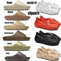 Tamanho US12 Kanye West Slides Chinelos Foam Runner areia do deserto Triple Core Preto Osso Fuligem Branco Resina Deslize Sandália Mens momens Slipper