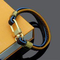 Con caja de cuerda de mano tejida Pulsera con pulsera Pulseras de latón superior Hebilla de imán para hombres y mujeres Código de cuerda