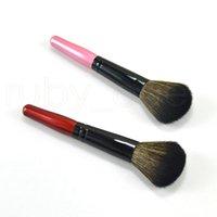 مسحوق النساء فرشاة خشبية التعامل مع مستحضرات التجميل فرشاة ماكياج مؤسسة واحدة لينة فرشاة التجميل من المكياج أدوات 1PC EEE2674
